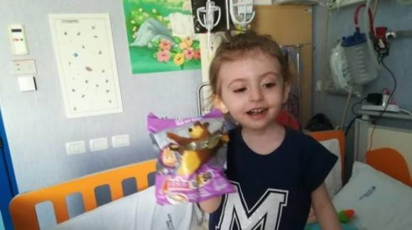 """Elisa Pardini, la bambina di 4 anni malata di leucemia, sta nuovamente male: """"Trapianto fallito. La belva è tornata"""""""