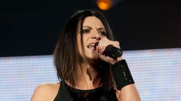 Il nuovo singolo di Laura Pausini e Biagio Antonacci circola tra i fans prima del radio date