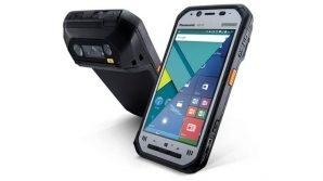Panasonic: rugged phone Toughbook FZ-N1 e feature phone per anziani KX-TU150