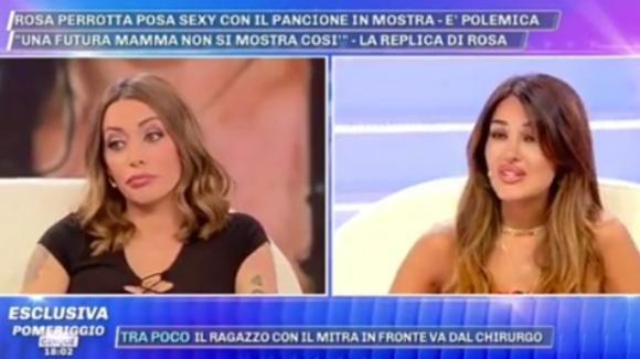 """Pomeriggio Cinque, Karina Cascella non apprezza l'esposizione mediatica della Perrotta: """"Spettacolarizzi la gravidanza"""""""