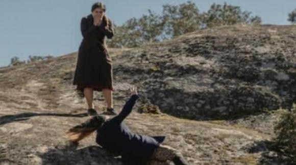 Il Segreto, anticipazioni spagnole: Antolina si getta nel burrone e accusa Elsa