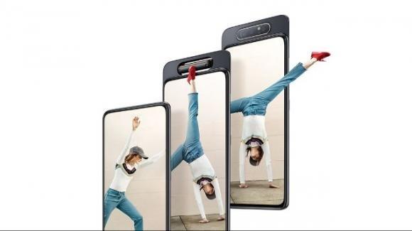 Galaxy A: Samsung all'assalto con la nuova fascia media del 2019, comprensiva anche di un modello con tripla cam rotante