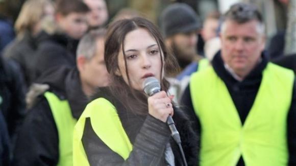 Chi è Izabella Nilsson Jarvandi, la 15enne svedese idolo dei sovranisti