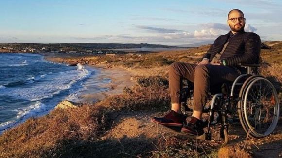 Paolo Palumbo, il più giovane malato di SLA in Europa, chiede aiuto: insultato sul web