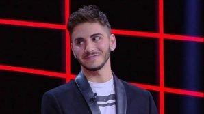 """""""Caduta libera"""", Nicolò vince ancora, le critiche e la risposta di Gerry Scotti"""