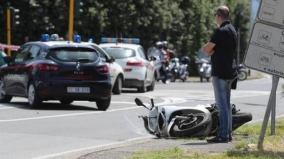 Genova, 25enne insegue un ladro con la moto: Andrea cade e muore sul colpo