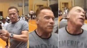 Aggressione per Arnold Schwarzenegger, colpito alla schiena