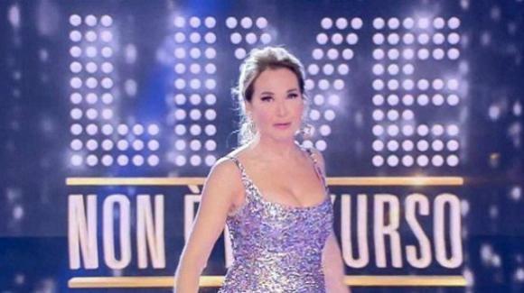 Ascolti tv, Live – Non è la D'Urso: l'intervista ad Eliana Michelazzo vince la prima serata
