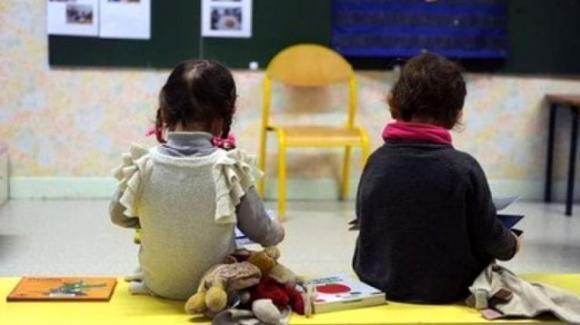"""Lamezia Terme, agli arresti una maestra dell'asilo per maltrattamenti: """"ti faccio il muso a sangue"""""""