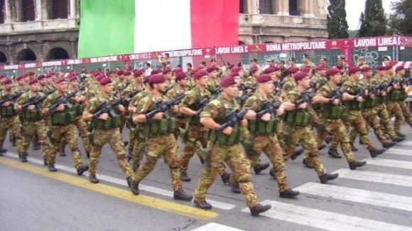 Celebrazioni 2 giugno: tre generali annunciano la loro assenza in protesta al governo giallo-verde