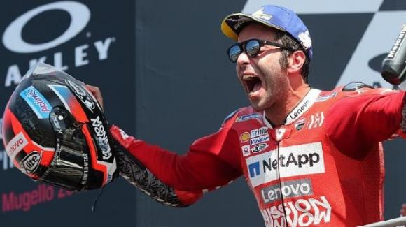 MotoGP: Danilo Petrucci conquista il GP d'Italia al Mugello, avanti a Marquez e Dovizioso