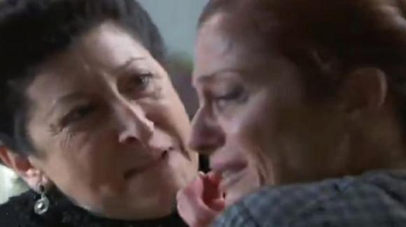 """Anticipazioni """"Una Vita"""", puntate spagnole: Ursula uccide Carmen?"""