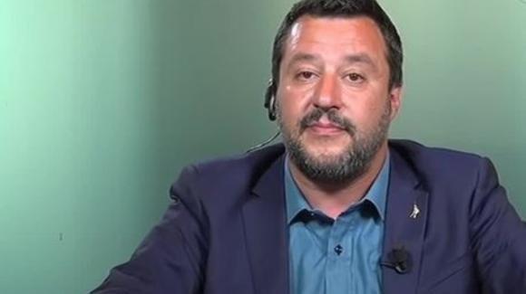"""Grande Fratello 16, Matteo Salvini commenta la finale: """"Come si può stare senza per tutti questi mesi?"""""""