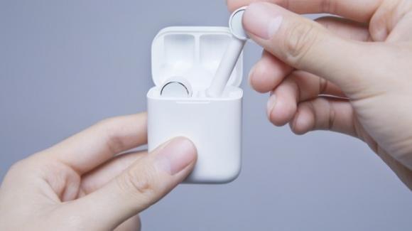 Mi True Wireless Earphones: arrivano in Italia le cuffie senza fili di Xiaomi ispirate agli AirPods