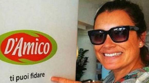 """La foto ironica di Alena Seredova diventa subito virale: """"D'Amico ti puoi fidare"""""""