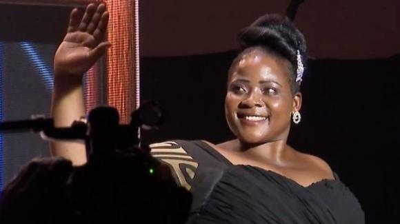 """Mariam Namukasa è la 'Miss Curvy' dell'Uganda. La caduta definitiva delle cosiddette """"taglie zero""""?"""