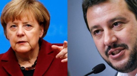Migranti, Salvini sfida la Germania e minaccia di chiudere gli aeroporti