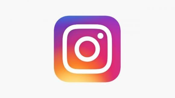 Instagram: la fotocamera in-app conserva per 7 giorni foto e video utili per le Storie