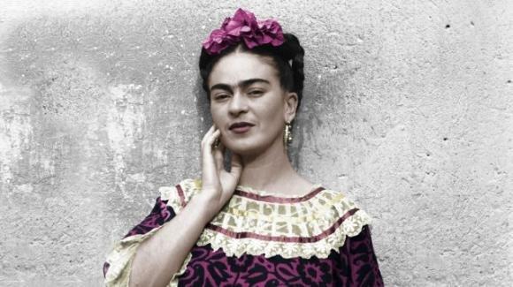 Tutti i colori di Frida Kahlo in mostra a Palermo