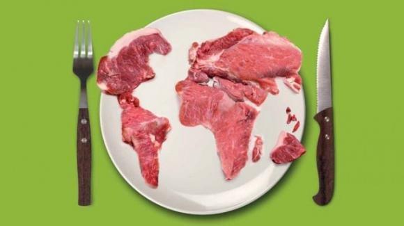 Ciò che mangiamo ha un impatto ambientale: scegliere consumi sostenibili