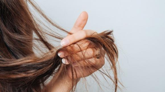 Le conseguenze del no poo, la tendenza del niente shampoo