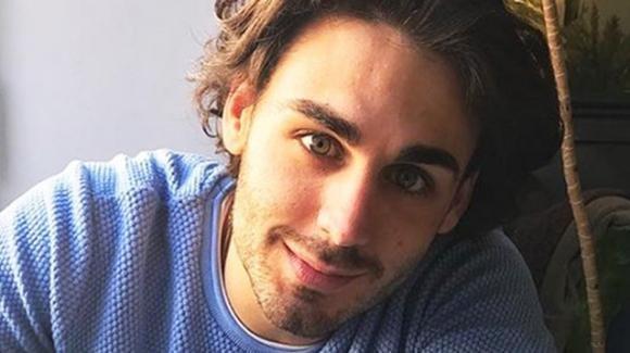 Alberto Urso, l'ironia sulla sua vita sentimentale: Rudy Zerbi lo bacchetta