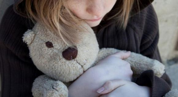 """Milano, bimba di tre anni all'ospedale. La madre: """"Le abbiamo rotto un braccio, dovevamo fare di più"""""""