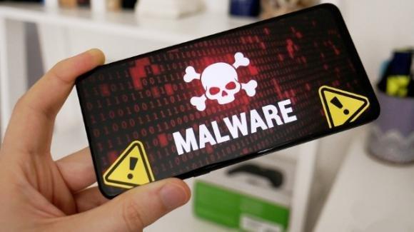 Android alert: in corso truffa mangia-credito e attacco malware ruba dati personali