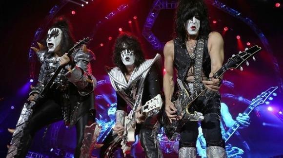 I Kiss salutano per l'ultima volta Milano e l'Italia in un epico concerto per famiglie