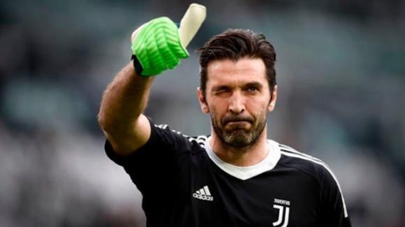 Calciomercato, le trattative della giornata: Bari, bomber dalla Serie A. Juve: è il giorno del grande ritorno