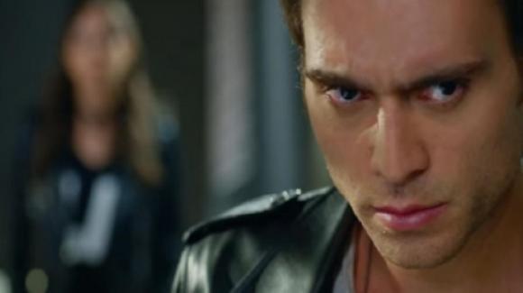 Bitter Sweet, anticipazioni puntata 11 luglio: Ferit scopre che Deniz è innamorato di Nazli
