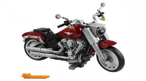 Lego: la Harley Davidson Fat Boy costituita da 1.023 pezzi e funzionante
