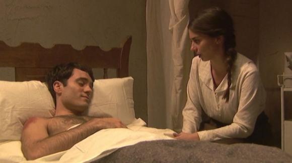 Il Segreto, anticipazioni puntata 15 luglio: Elsa trova Alvaro gravemente ferito e lo soccorre