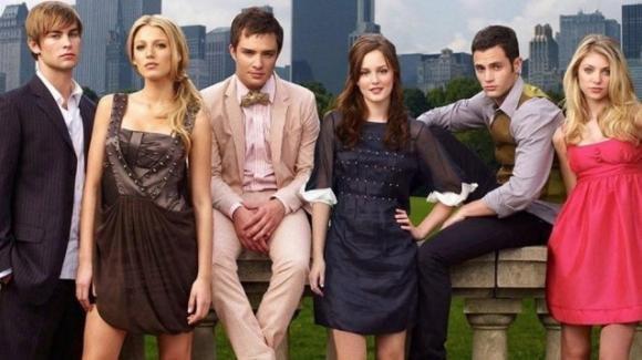 Gossip Girl: la serie tv tornerà sul piccolo schermo con una nuova trama e nuovi personaggi