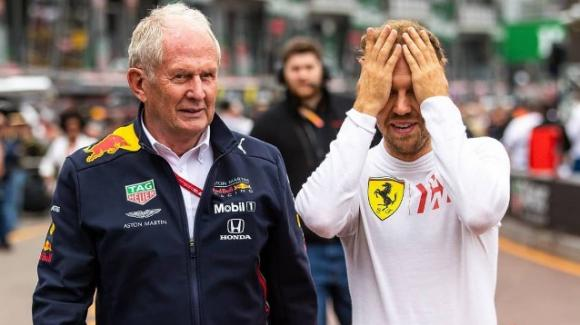 """Helmut Marko e la sua soluzione alla crisi di Vettel: """"Dovrebbe cambiare scuderia"""""""