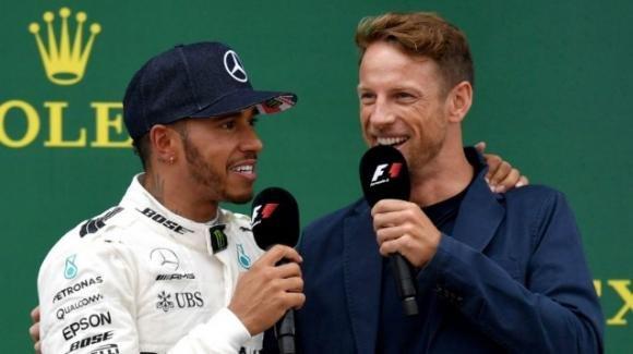 """Jenson Button suggerisce ad Hamilton di non andare in Ferrari: """"Potrebbe porre fine alla sua carriera"""""""