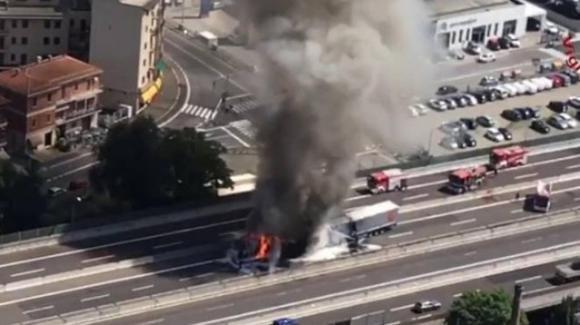 Incidente mortale in A14 a Bologna: 1 morto