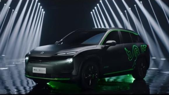 Nio ES6 Night Explorer Limited Edition, SUV elettrico con illuminazione gaming Razer Chroma RGB