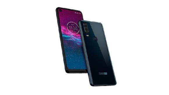 Motorola One Action: Amazon ne anticipa per errore la scheda tecnica attesa per IFA 2019