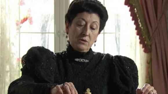 Una Vita, anticipazioni puntata 12 agosto: Silvia sequestrata, Ursula si prepara a fuggire
