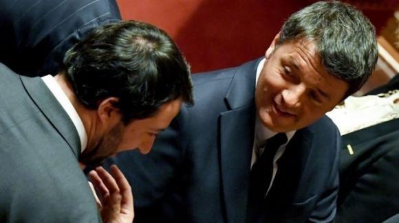 """Renzi risponde a Salvini: '""""Le ricordo di dare un occhio al capitolo 25 secondo Matteo"""""""