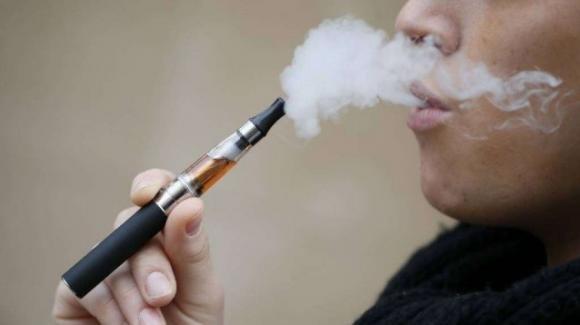 La sigaretta elettronica uccide: ecco il primo decesso dovuto allo svapare