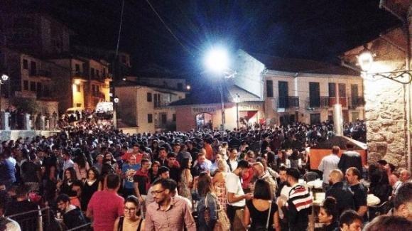 Baccanalia 2019, bagno di folla a San Gregorio Magno: quasi 50 mila visitatori