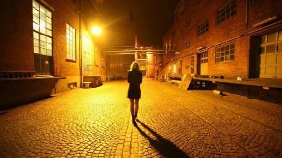 Padova: ragazza esce di casa semi-nuda perchè sonnambula