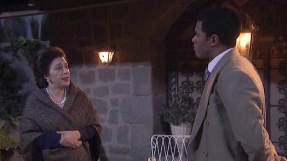 Il Segreto, anticipazioni puntata 30 agosto: Roberto si prende beffa di Francisca e Fernando