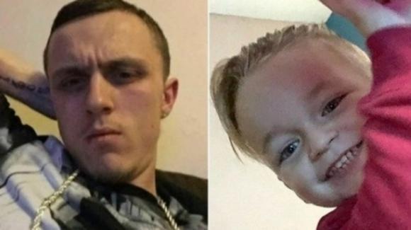 """Gran Bretagna, uomo uccide il figlio della compagna di tre anni in auto: """"Piangeva, l'ho soffocato"""""""