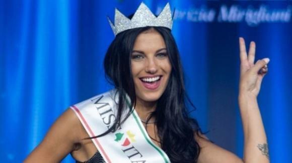 Miss Italia 2019: vince Carolina Stramare, ma non mancano le critiche