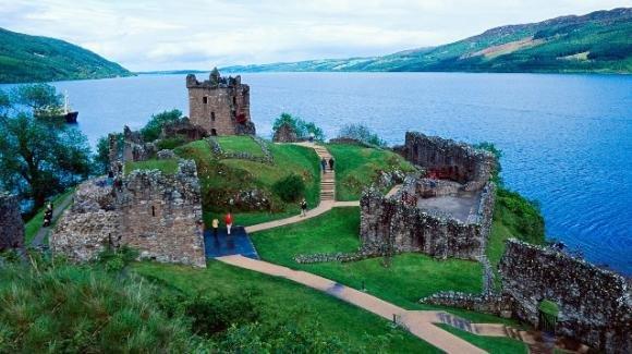 Il mostro di Loch Ness? È un'anguilla gigante