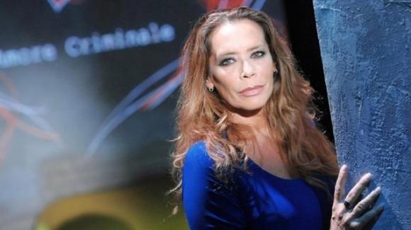 Barbara De Rossi cerca colf su Twitter: richieste referenze e amore per gli animali