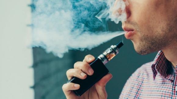 Sigaretta elettronica: i problemi polmonari arrivano da un derivato della vitamina E